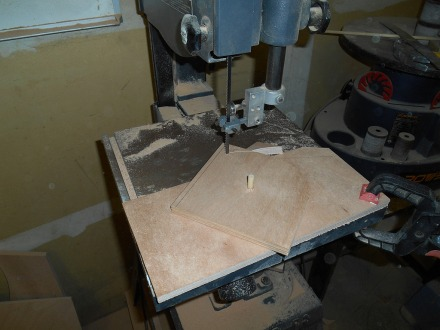 Doubler circle-cutting jig
