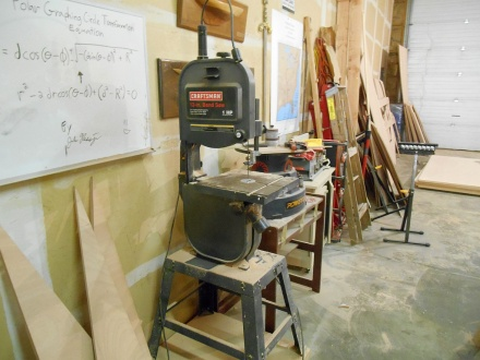 Lest we forget -- my faithful old Sears bandsaw that I use for all the fiddly stuff that no other saw will handle