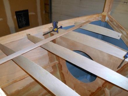 Foredeck beam patterns