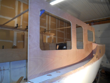Completed sides.  Stretches out the boat visually and looks much better.