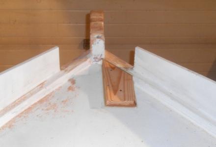 Anchor roller platform.