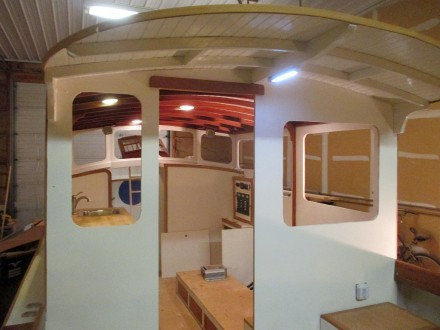 Aft side of deckhouse with final finish